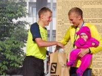 001 5. võidupüha maratoni võitjate autasustamine. Foto: Urmas Saard