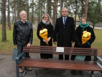 002 Alfred Teaste mälestuspingi avamine. Foto: Jukko Nooni