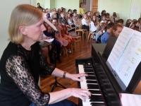 037 Emadepäeva kontsert 2019 Sindi gümnaasiumis. Foto: Urmas Saard