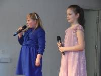 040 Emadepäeva kontsert 2019 Sindi gümnaasiumis. Foto: Urmas Saard