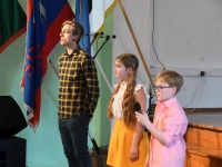 060 Emadepäeva kontsert 2019 Sindi gümnaasiumis. Foto: Urmas Saard