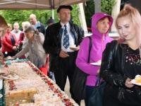 004 Tordisööjad Jõgeva linna sünnipäeval. Foto: Marge Tasur