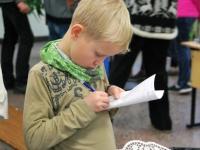 016 Õpilaste jõululaat Pärnu Raeküla koolis Foto Urmas Saard
