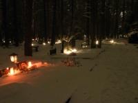 006 Jõuluõhtul Pärnu Metsakalmistul. Foto: Urmas Saard