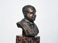 006 Julius Friedrich Seljamaa mäletsumärgi valmimine on töös. Foto: Urmas Saard