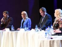 016 Linnapea kandidaadid Pärnu väärikate ees. Foto: Urmas Saard