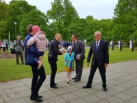010 Lipu päeva tähistamine Kuberneri aias. Foto: Marko Šorin