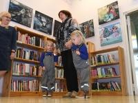 011 Made Balbati näituse avamine Sindi raamatukogus. Foto: Urmas Saard