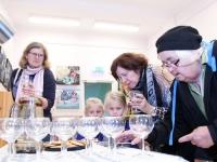 016 Made Balbati näituse avamine Sindi raamatukogus. Foto: Urmas Saard