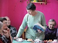 001 Naistepäev Sindi sotsiaaltöökeskuses. Foto: Urmas Saard