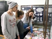 016 Narva ja Paikuse noored Sindi muuseumis. Foto: Urmas Saard