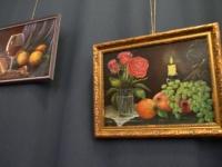 002 Olga Belash-Karasjova maalid Sindi seltsimajas. Foto: Urmas Saard