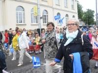 015 Pärnu linn XII noorte laulupeo rongkäigus. Foto: Urmas Saard