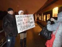 002 Pärnust Tallinna väljunud viimasel reisirongil. Foto: Urmas Saard
