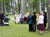 007 Perebänd Rannarada Kiriku pargis. Foto: Urmas Saard