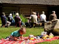 Hiiu Folk-kontsert Mihkli talumuuseumis
