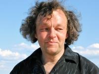 012 Rait Pärg juubelipäeval Pärnu rannas liivaskulptuuride keskel. Foto Urmas Saard