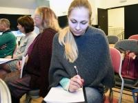008 Lisette Kandima ajakirjanduslikul koolitusel. Foto: Urmas Saard