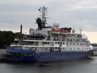 007 Ristluslaev Hebridean Sky Pärnu kesklinna kai ääres. Foto Urmas Saard
