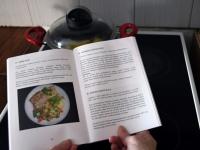004 Saja retseptiga raamat Pajo trükikojas. Foto: Urmas Saard