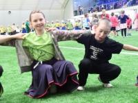 007 Sindi gümnaasiumi 1. ja 2. klassi segarühm Tallinnas. Foto: Urmas Saard