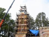 039 Sindi kiriku kellatorni kupli ja risti paigaldamine. Foto: Urmas Saard