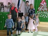 007 Sindi lasteaia 125. sünnipäeva pidu sõimerühma mudilastega. Foto: Urmas Saard