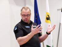 007 Kaido Kõplas. Siseministriga kohtumine Pärnu riigimajas. Foto Urmas Saard