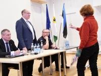 012 Siseministriga kohtumine Pärnu riigimajas. Foto Urmas Saard