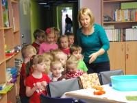 001 Sõbrapäeval Sindi lasteaias. Foto: Urmas Saard