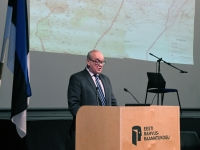 016 Rein Koch. Tartu rahuläbirääkimistele pühendatud konverents rahvusraamatukogus. Foto: Urmas Saard