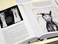 006 Tõnis Vindi graafika ja plakatid Avangard Galeriis. Foto: Urmas Saard