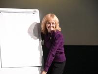 002 Toomas Alatalu peab loengut Tervise konverentsikeskuses TÜ Pärnu kolledži Väärikate ülikooli kuulajatele. Foto: Urmas Saard