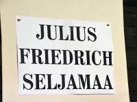 013 Ülo Kirdi kutsel ateljees, kus valmib Seljamaa büst. Foto: Urma Saard