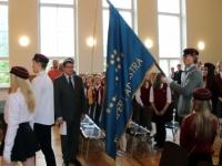12 Vabariigi lipu õnnistamine Jakob Westholmi gümnaasiumis. Foto: Kaia Rikson