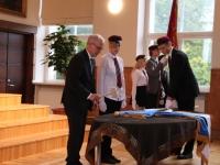 16 Vabariigi lipu õnnistamine Jakob Westholmi gümnaasiumis. Foto: Kaia Rikson