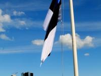 005 XII noorte laulu- ja tantsupeo lippude heiskamised. Foto: Tõnu Aru