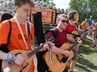 002 XXVII Viljandi pärimusmuusika festivali avakontserdil Kaevumäel. Foto: Urmas Saard