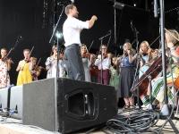 015 XXVII Viljandi pärimusmuusika festivali avakontserdil Kaevumäel. Foto: Urmas Saard