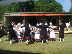 Õerutajad tantsimas juubelpeol. Fotod: Urve Mukk