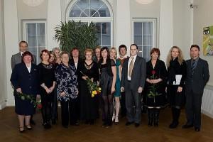 Pildil 2010. aastal tunnustatud vabatahtlikud. Ove Maidla foto.