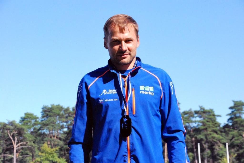 Andrus Veerpalu, esimese Uhla-Rotiküla elamusjooksu võitja Foto Urmas Saard