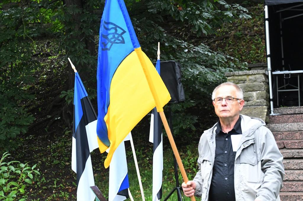 Ants Erm, endine ERSP esimees, Hirvepargi kõnekoosolkul. Foto Urmas Saard