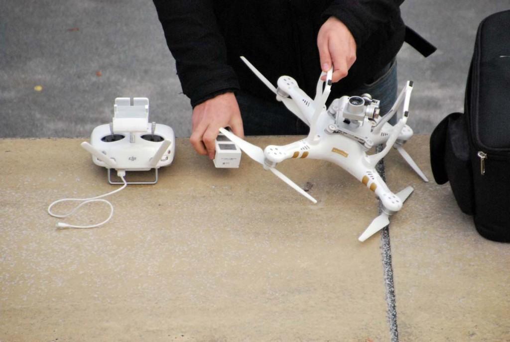 Drooni lennuks ettevalmistamine Foto Urmas Saard