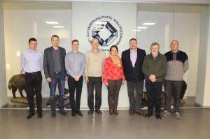 Eesti erametsaliidu juhatuse liikmed: (vasakult) Aarne Volkov, Ants Erik, Mikk Link, Erki Sok, Kadri-Aija Viik, Einar Pärnpuu, Jaan Kägu, Atso Adson.