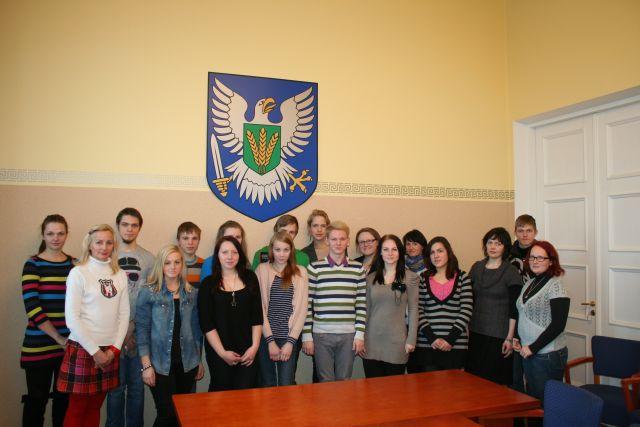 ENL ja Viljandimaa noorte osaluskogude ymarlaud_31-01-2013_PT 044v