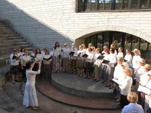 Eesti Rahvusraamatukogu naiskoor kontserdisarja avamisel 23. mail. Foto: Eve Toomra