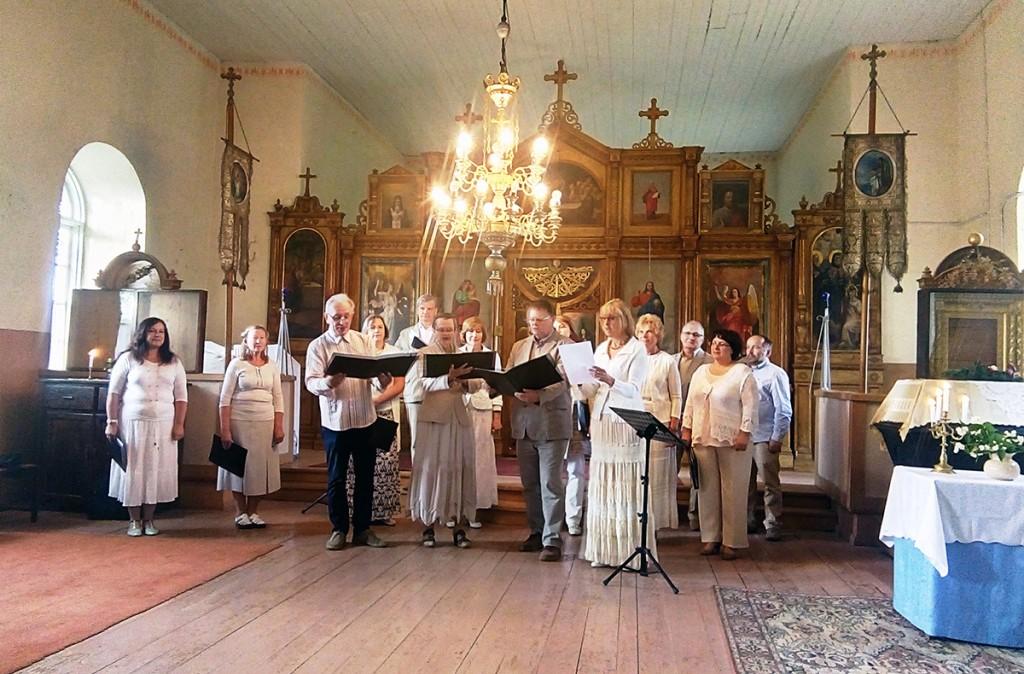 Eesti Vabaõhumuuseumi segakoori kontsert Uduvere õigeusu kirikus Foto Arvo Tomson