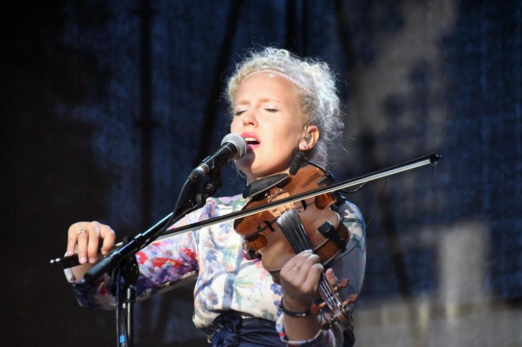 Eeva Talsi 2018. aasta suvel XXVI Viljandi pärimusmuusika festivalil. Foto Urmas Saard