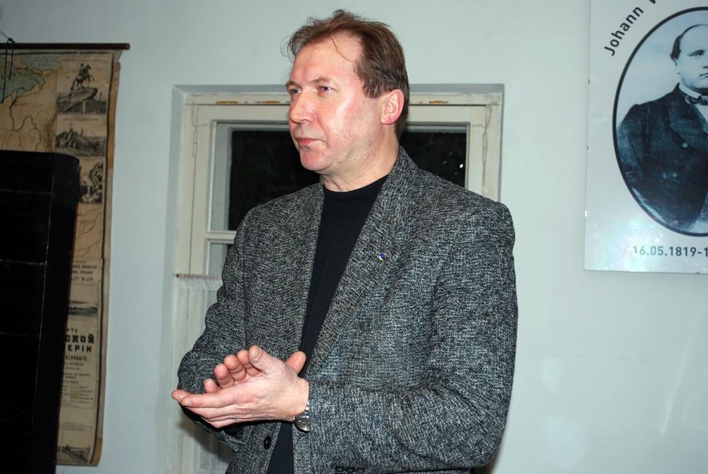 Elmar Trink Koidula muuseumis Foto Urmas Saard
